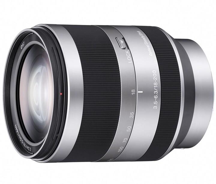 Sony 18–200mm f/3.5–6.3 OSS