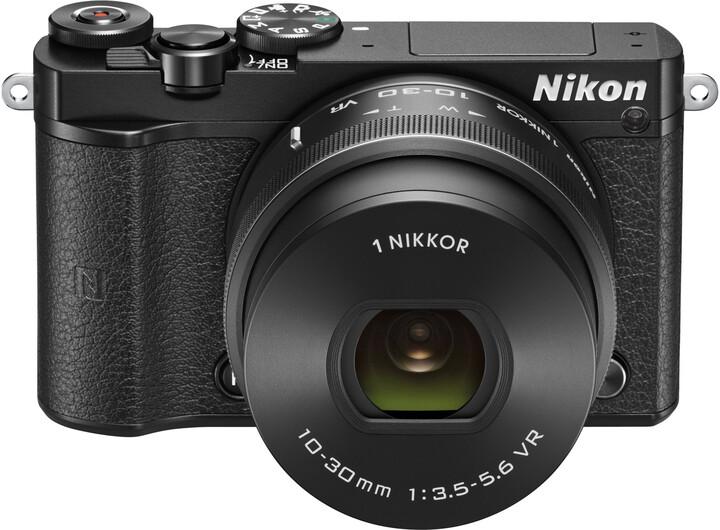 Nikon 1 J5 + 10-30mm, černá