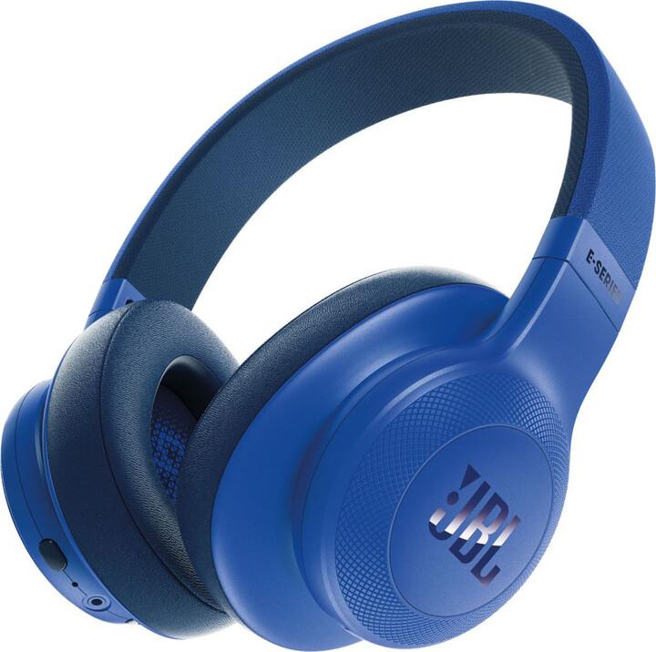 JBL E55BT, modrá