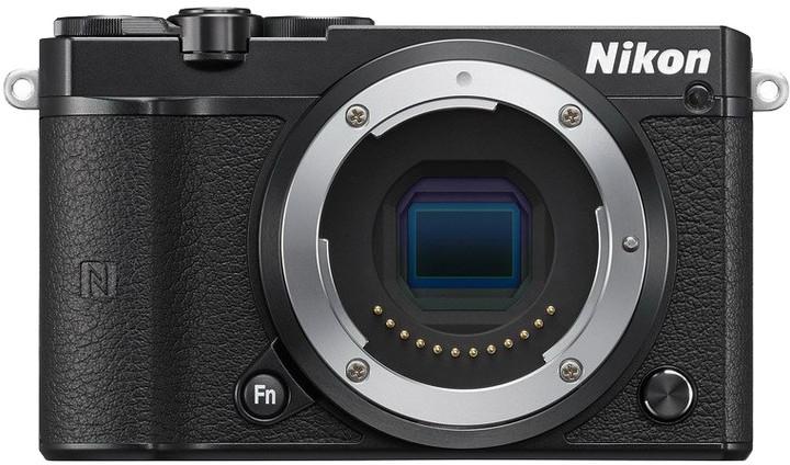 Nikon 1 J5, tělo černá
