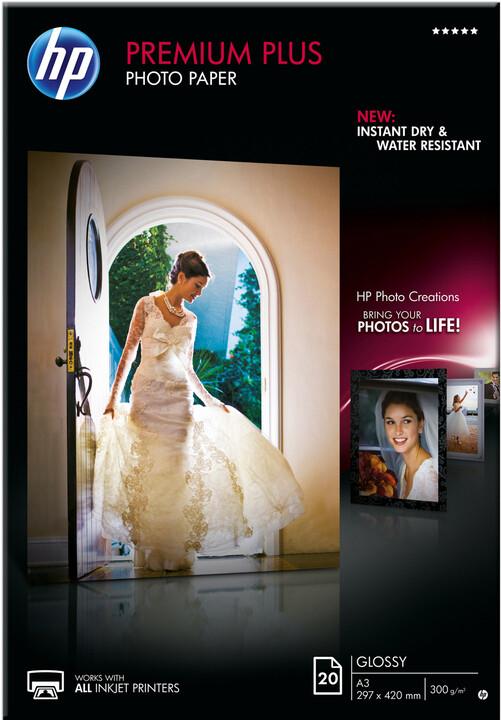 HP foto papír Premium Plus Glossy CR675A