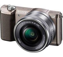 Sony Alpha 5100L, 16-50mm, hnědá - ILCE5100LT.CEC + Přenosný zdroj Sony CP-ELS v ceně 500 Kč